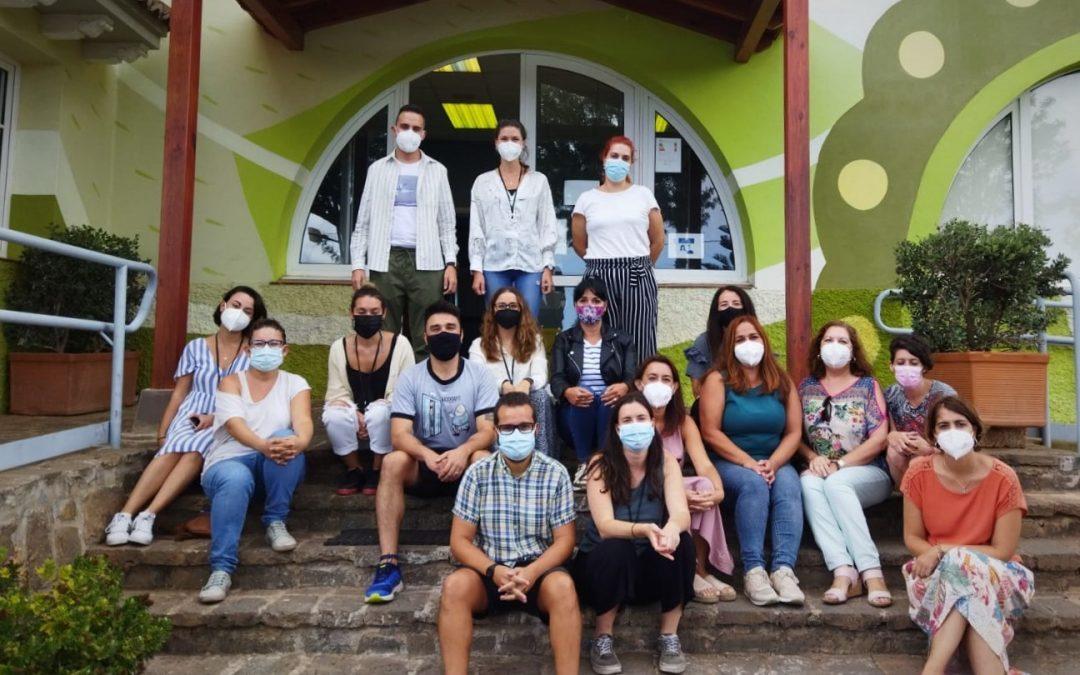 Provivienda y el Gobierno de Canarias firman un convenio para atender a las personas en riesgo de desahucio